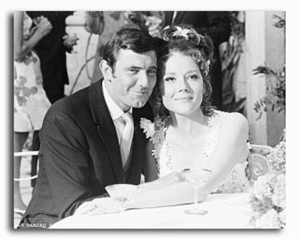 (SS2239536) George Lazenby, Diana Rigg Movie Photo