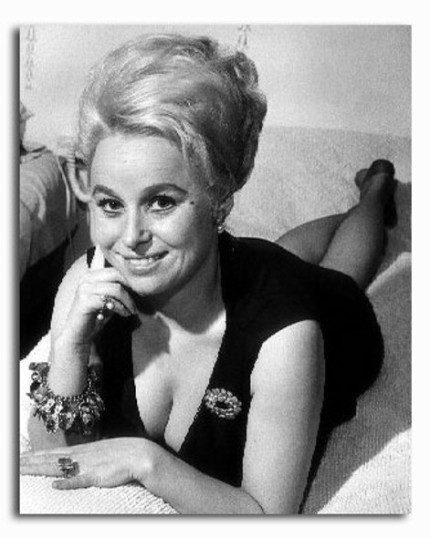 (SS2253004) Barbara Windsor Movie Photo