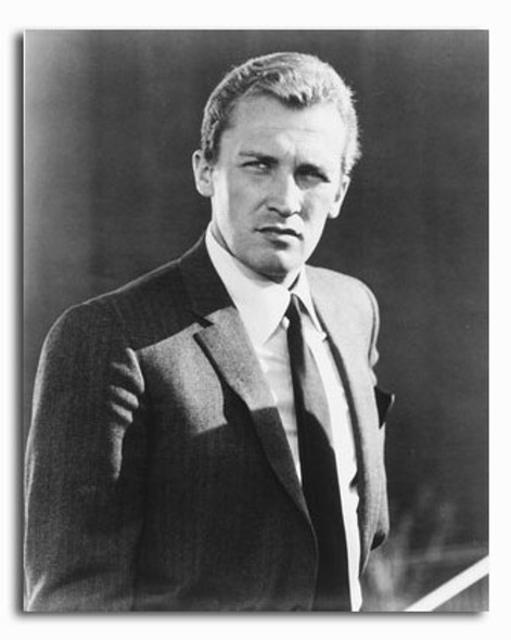 (SS2294409) Roy Thinnes  The Invaders Movie Photo
