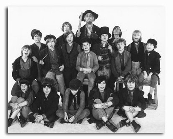 (SS2329561) Cast   Oliver! Movie Photo