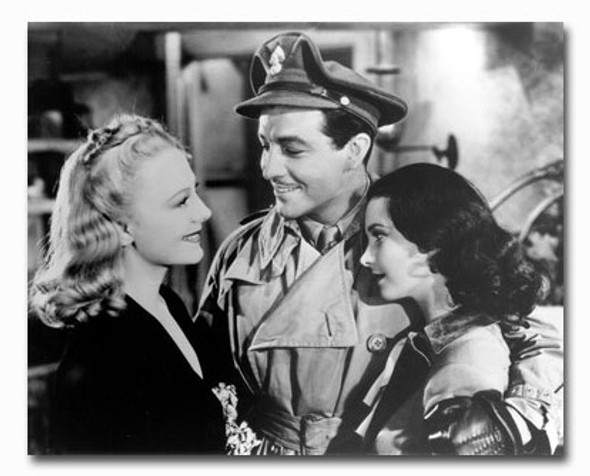 (SS2331810) Vivien Leigh  Waterloo Bridge Movie Photo