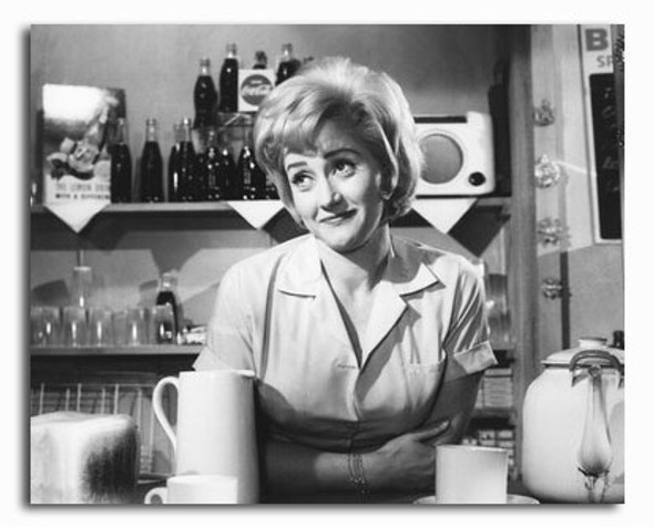 (SS2334475) Liz Fraser Movie Photo
