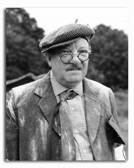 (SS2337205) Arthur Lowe Movie Photo