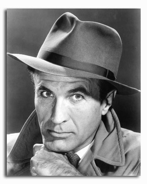 (SS2338687) Barry Morse  The Fugitive Movie Photo