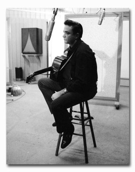 (SS2420418) Johnny Cash Music Photo