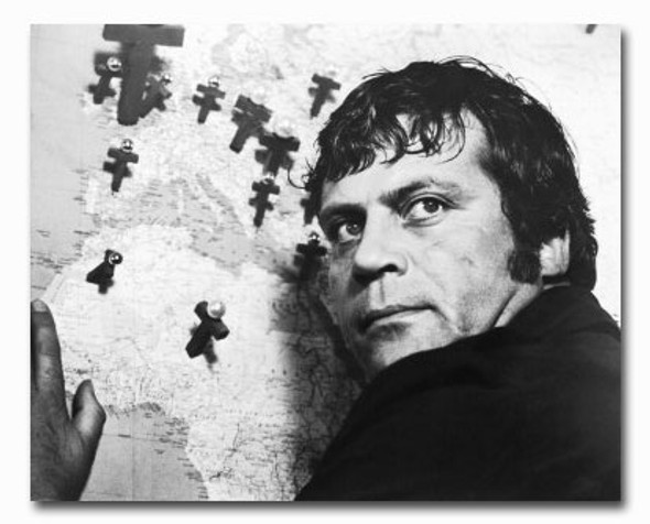(SS2423005) Oliver Reed Movie Photo