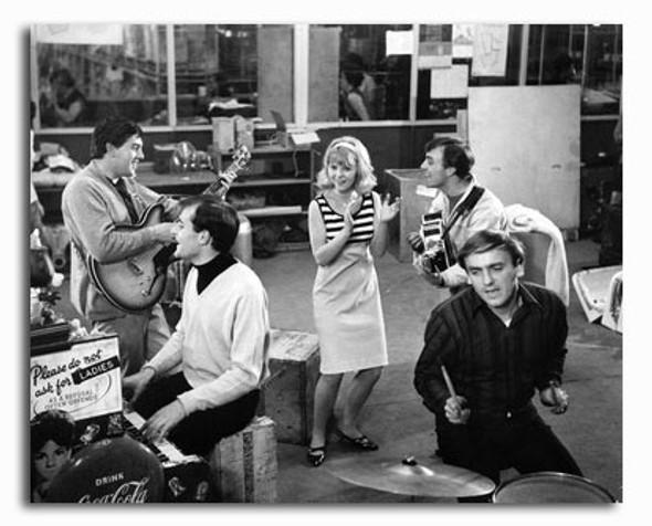 (SS2425696) Cast   Ferry Cross the Mersey Movie Photo