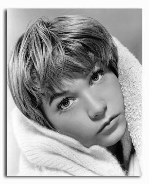 (SS2426554) Shirley MacLaine Movie Photo