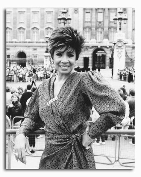 (SS2427516) Shirley Bassey Music Photo