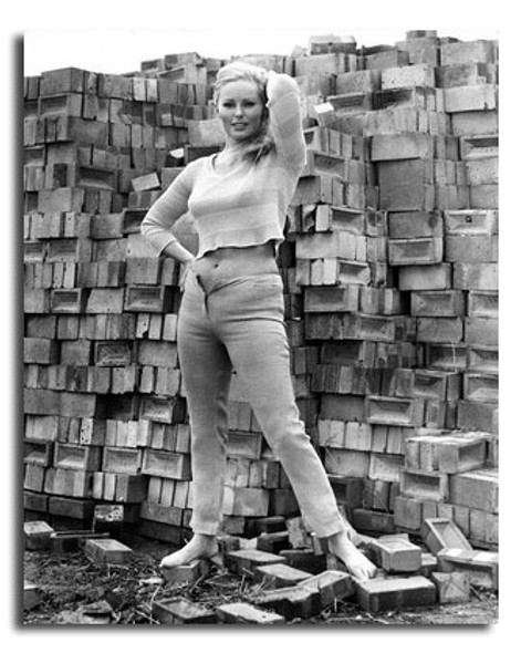 (SS2441855) Veronica Carlson Movie Photo