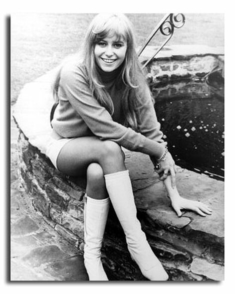 (SS2448537) Susan George Movie Photo