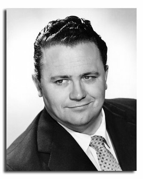 (SS2452190) Harry Secombe Music Photo