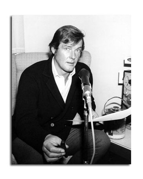 Roger Moore Movie Photo (SS2454634)