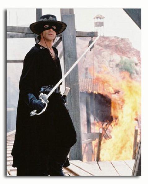 (SS3026803) Antonio Banderas  The Mask of Zorro Movie Photo