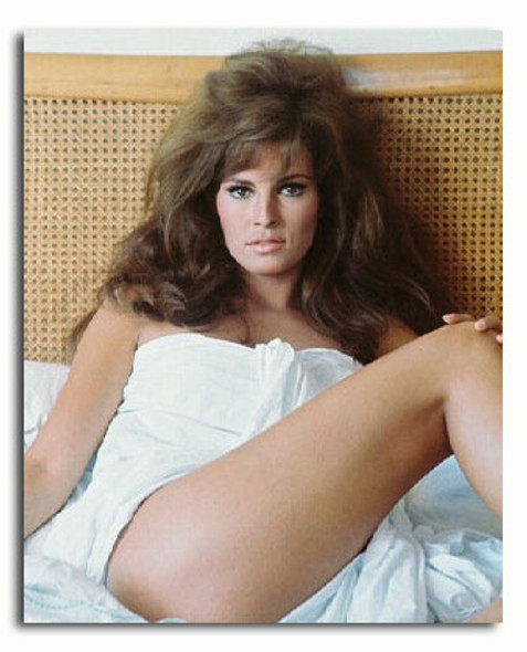 (SS3047330) Raquel Welch Movie Photo