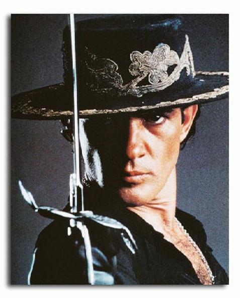 (SS3054168) Antonio Banderas  The Mask of Zorro Movie Photo