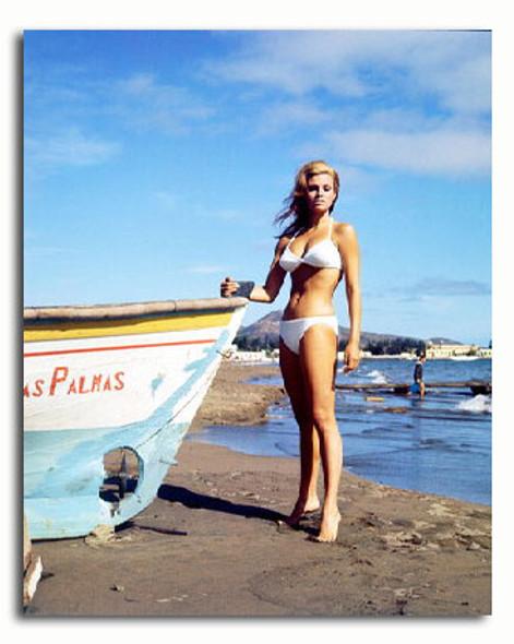 (SS3155763) Raquel Welch Movie Photo