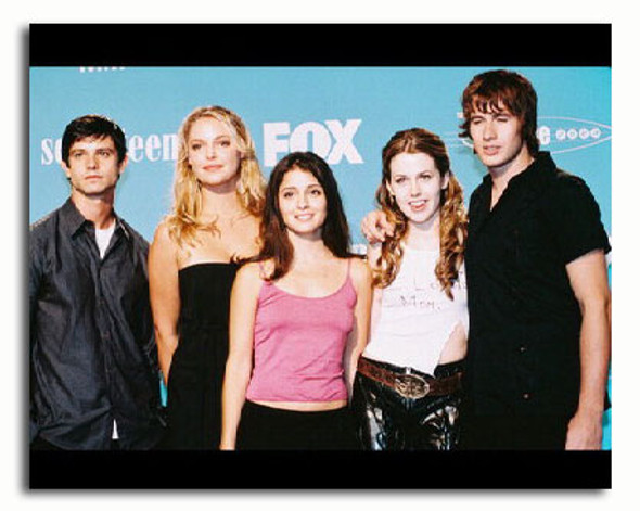(SS3174132) Cast   Roswell Television Photo