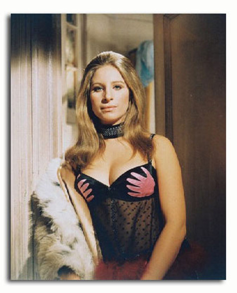 (SS3185117) Barbra Streisand  The Owl and the Pussycat Music Photo