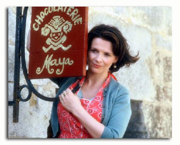(SS3190785) Juliette Binoche  Chocolat Movie Photo