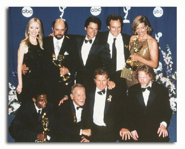 (SS3194737) Cast   The West Wing Movie Photo