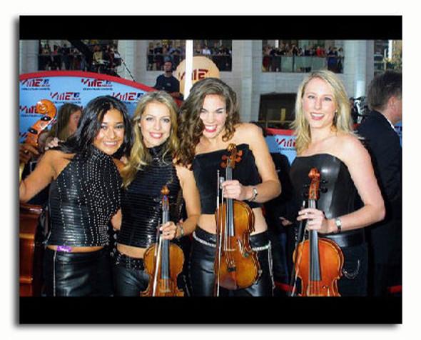 (SS3251287) Bond Music Photo