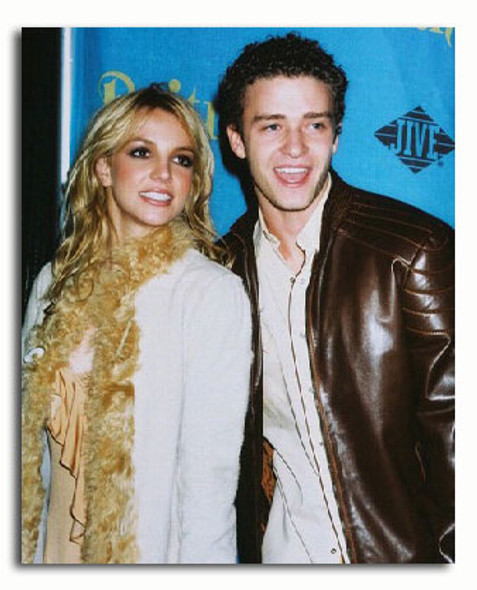 (SS3255577) Britney Spears & Justin T Music Photo