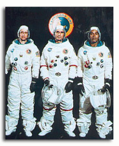(SS3284918) Cast   Capricorn One Movie Photo