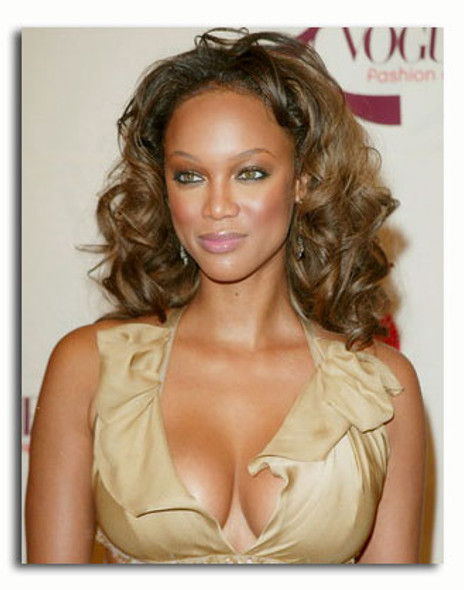 (SS3305380) Tyra Banks Movie Photo