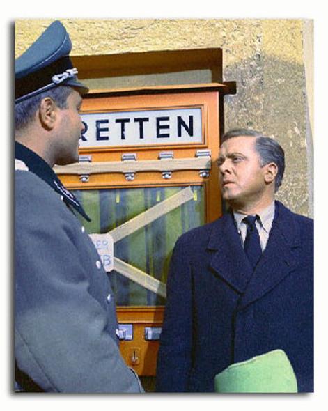 (SS3311646) Richard Attenborough  The Great Escape Movie Photo