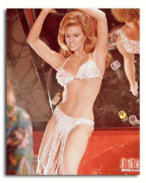 (SS3313401) Raquel Welch  Bedazzled Movie Photo