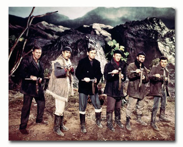 (SS3315091) Cast   The Guns of Navarone Movie Photo