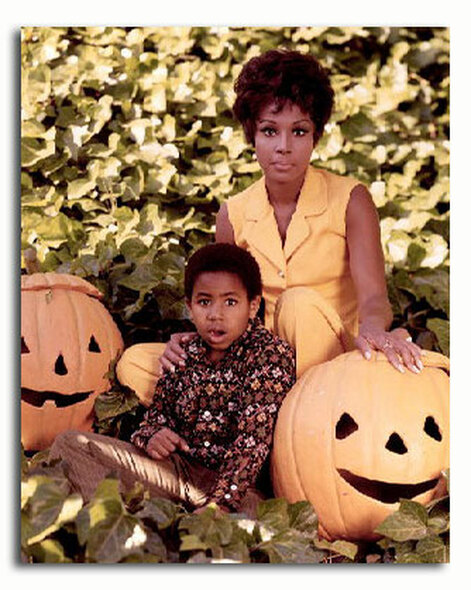 (SS3336242) Diahann Carroll  Julia Music Photo