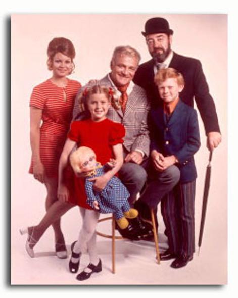 (SS3336970) Cast   Family Affair Television Photo