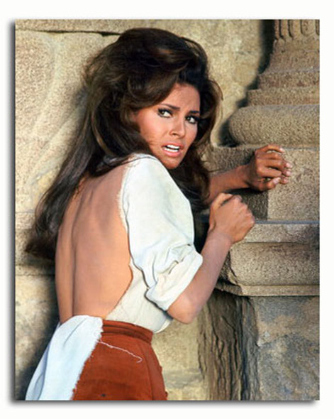 (SS3339570) Raquel Welch  Bandolero! Movie Photo