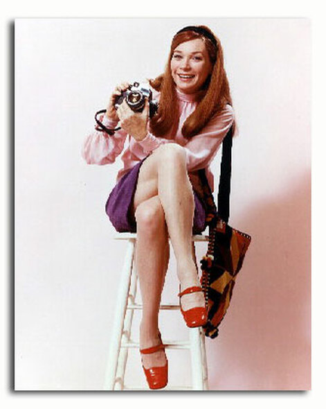(SS3353545) Shirley MacLaine  Shirley's World Movie Photo
