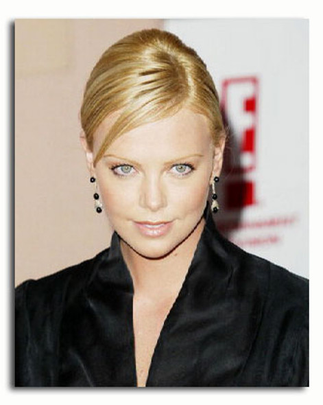 (SS3358524) Charlize Theron Movie Photo