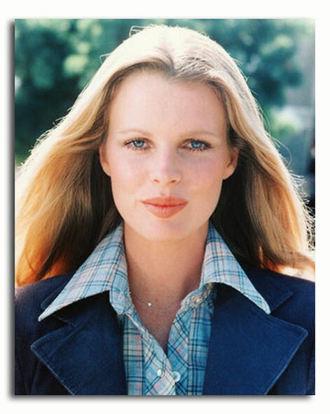 (SS3370289) Kim Basinger  Dog and Cat Movie Photo