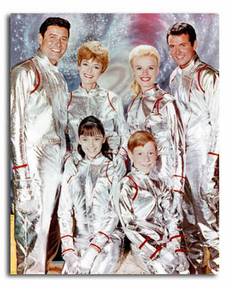 (SS3373578) Cast   Lost in Space Television Photo