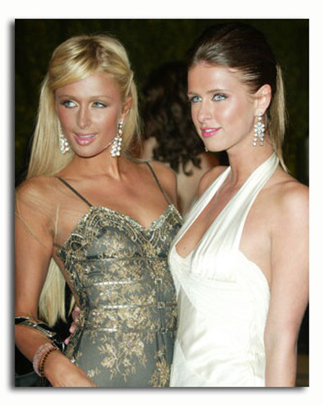(SS3408912) Nicky & Paris Hilton Movie Photo
