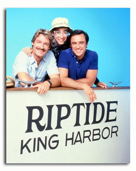 (SS3417349) Cast   Riptide Television Photo