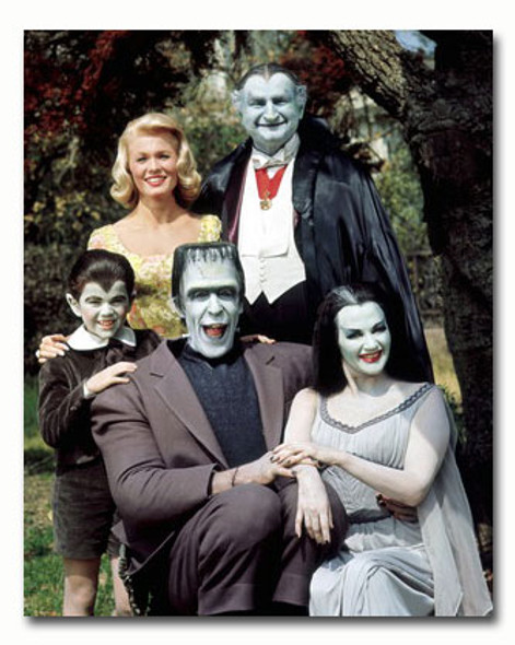 (SS3433053) Cast   The Munsters Movie Photo