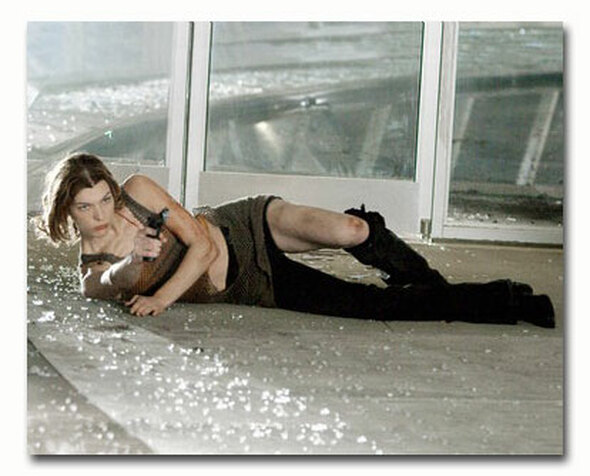 (SS3506048) Milla Jovovich Movie Photo