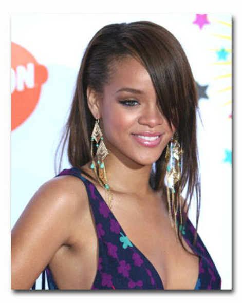 (SS3519165) Rihanna Music Photo