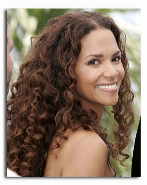 (SS3534492) Halle Berry Movie Photo