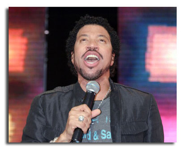 (SS3592693) Lionel Richie Music Photo