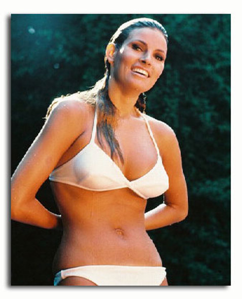 (SS3019458) Raquel Welch Movie Photo