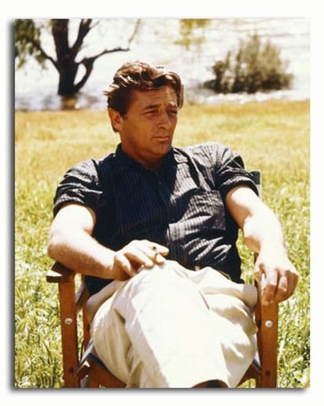 (SS3445780) Robert Mitchum Movie Photo