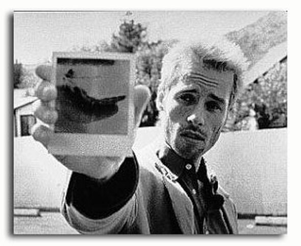 (SS2221791) Guy Pearce  Memento Movie Photo
