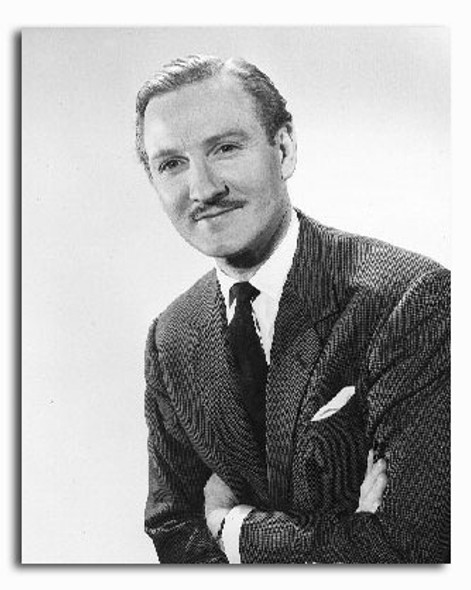 (SS2235298) Leslie Phillips Movie Photo